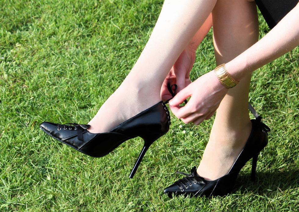 Wear Shoe Too Tight Feet